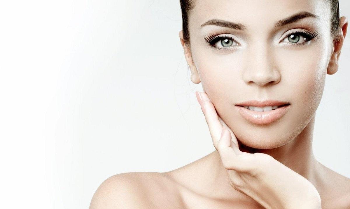 Можно ли после миндального пилинга наносить макияж