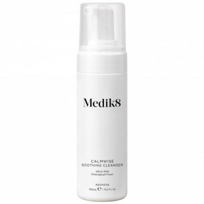 Очищающая пенка для чувствительной кожи Medik8 Calmwise Soothing Cleanser